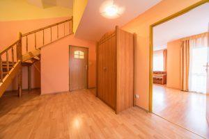 Apartament holl